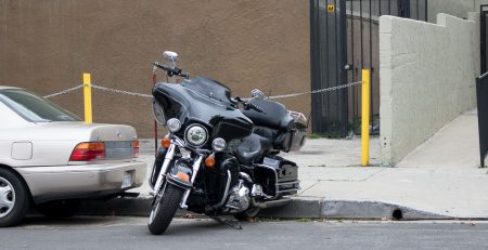Davenport, IA - Motorcycle Accident at Locust St & Pine St Injures Two