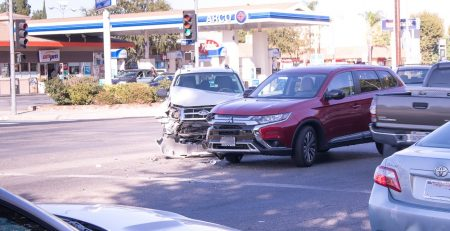 Des Moines, IA - Driver Hospitalized in Two-Car Crash on IA-5